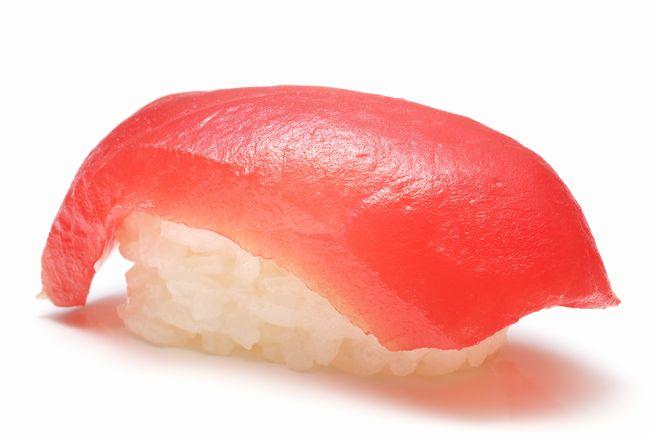 お寿司の「1貫」って1個?2個? そもそもなぜ意味が揺れているのか?