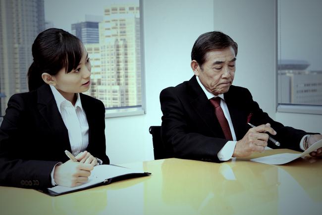 役職のない中高年社員を無視…日本企業にはびこるエイジハラスメント