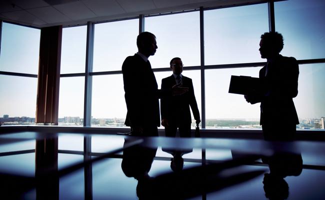 増加する「部下から上司」へのパワハラ。社内で何が行われているのか