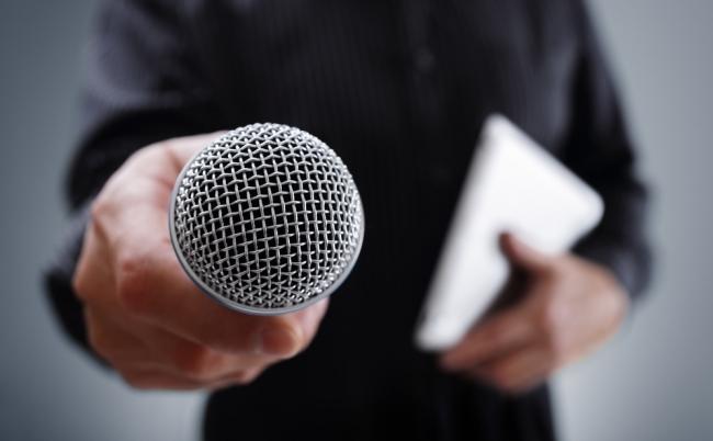 テレビキャスターは「権力」と対峙できるのか?