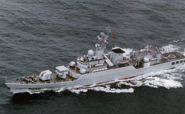 中国戦艦が日本の領海を横切る挑発。なぜここまで追い込まれたのか?