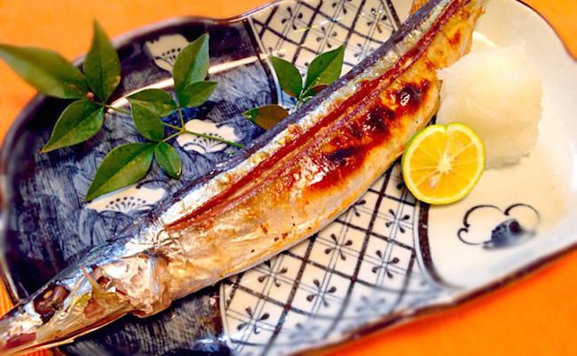 板前はこうして焼いている。秋刀魚の塩焼きが格段に美味しくなる裏技