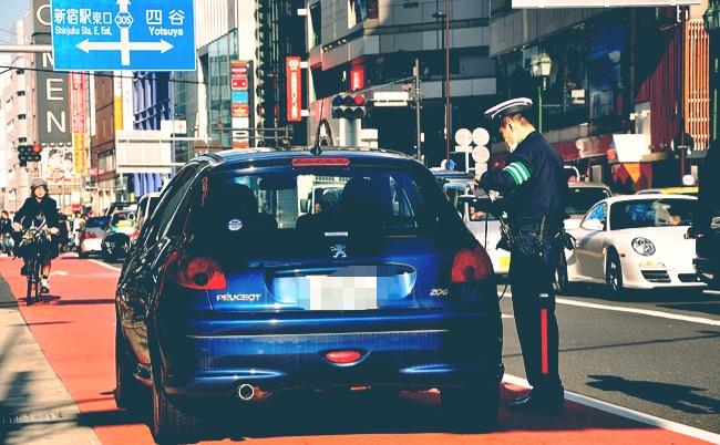 白バイ警官がノルマを暴露。交通違反で「反則金」を稼ぐ裏事情