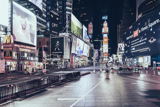 11 -Desert in New York - Times Square - Thanksgiving 2016 © Genaro Bardy