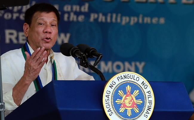 南シナ海で中国に事実上の敗北宣言。フィリピン大統領に何が起きたか