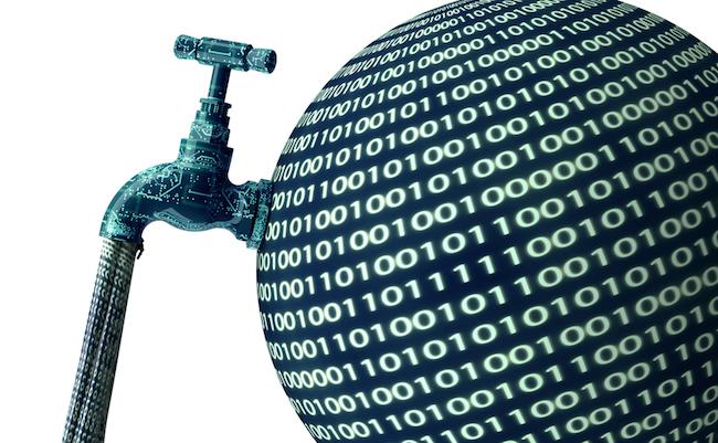 Facebookに情報を渡すな。SNSをダマして個人情報流出を防ぐ方法