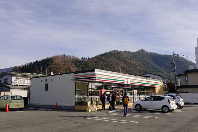 多発するコンビニ駐車場の交通事故。店が最も嫌がるパターンは?