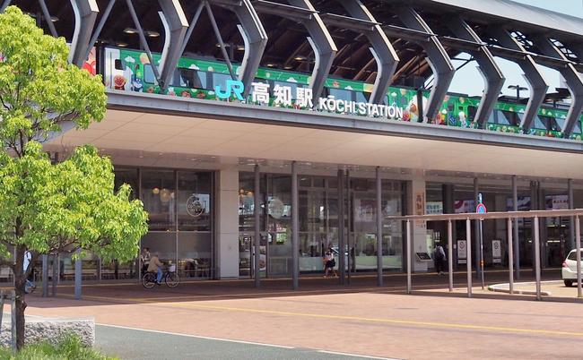 誰も鉄道を求めてない。国土計画の失敗が招いたJR四国の経営危機