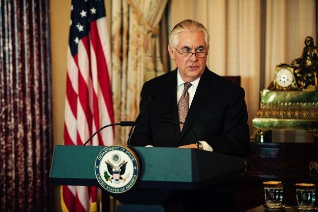 なぜ米国務長官は、同盟国でもない中国に「平身低頭」なのか?