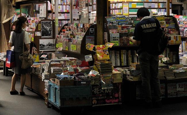 書店の倒産が前年の1.5倍に。街角の本屋さんはもういらないのか?