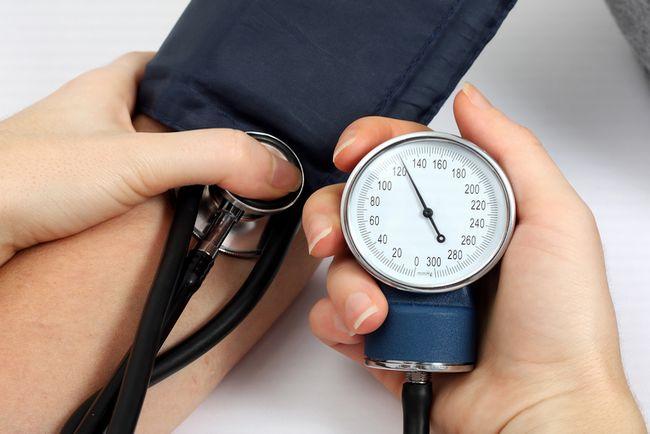 高血圧の基準はウソだった。混乱を極める「健康の正常値」