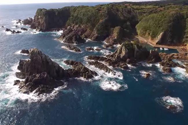 4Kドローンが空撮。映画「海難1890」の軍艦遭難事故はこの海で起きた