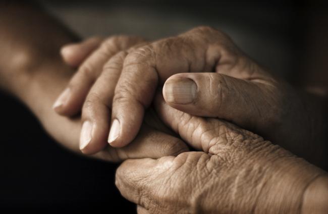 安易な「介護離職」で貧困に陥るケースが急増。支援はどうなっている?