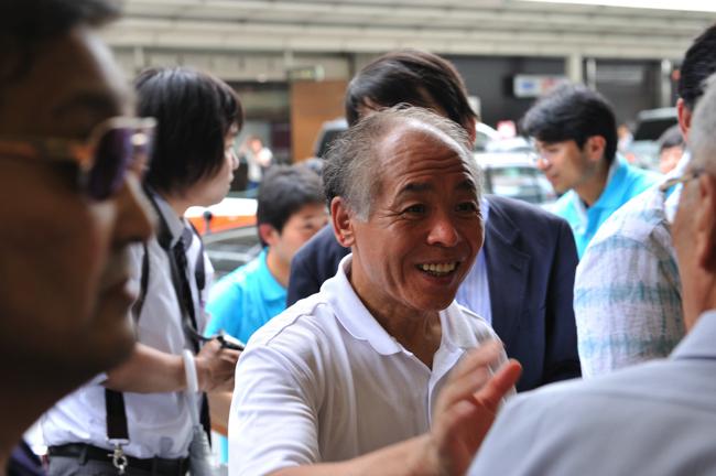 安倍首相の一言で動揺。鈴木宗男氏がこぼした官邸の「甘いケーキ」