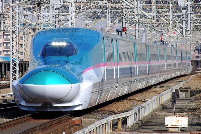 800px-JRE-TEC-E5_omiya copy