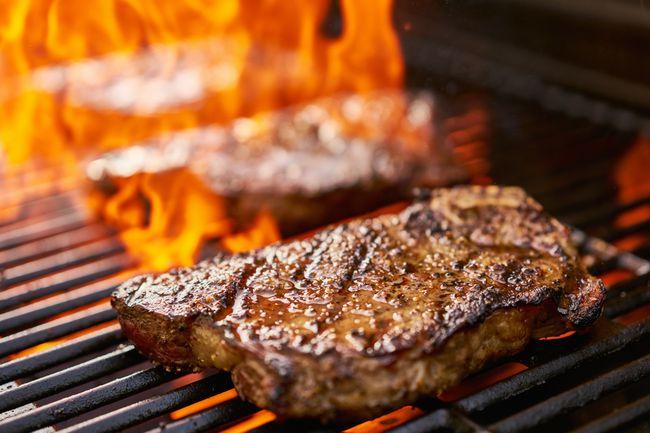 「いきなり!ステーキ」は、なぜ成功したのか? MBAが徹底分析