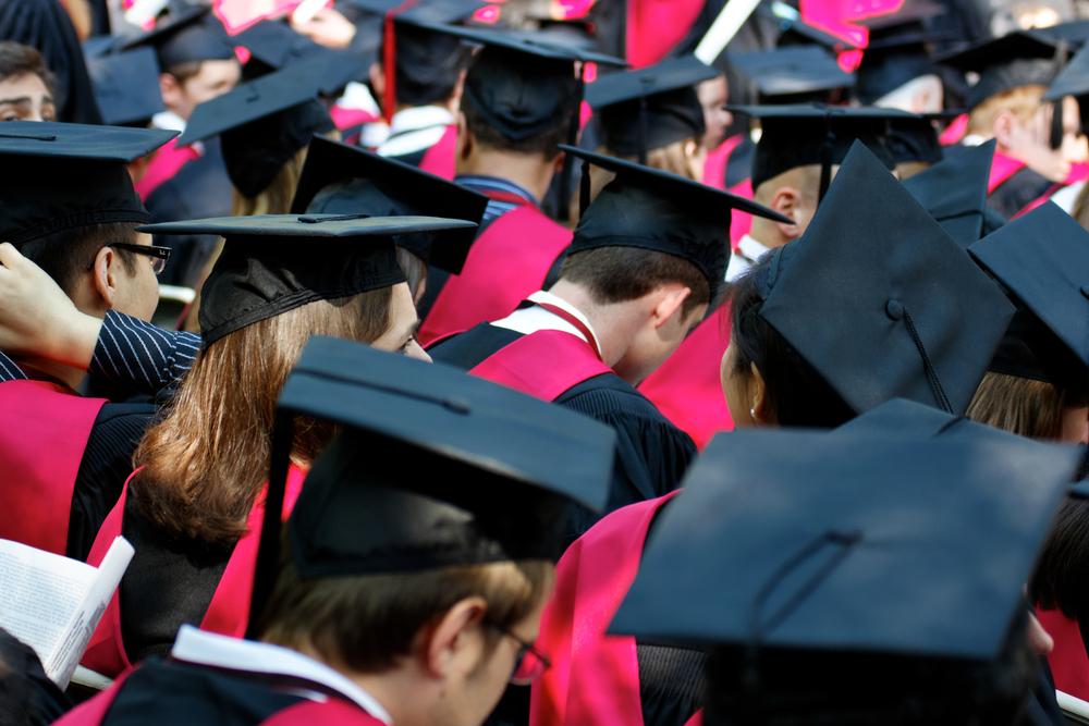 科目別の世界大学ランキング発表。意外にも10位以内に日本の大学も