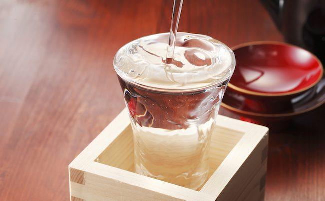 焼酎だけじゃない。日本酒に老化防止や健忘症、骨そしょう症の予防効果