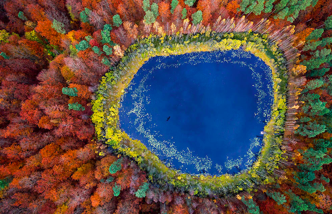 ドローンは使ってません。空中写真家が撮影した俯瞰アートの世界