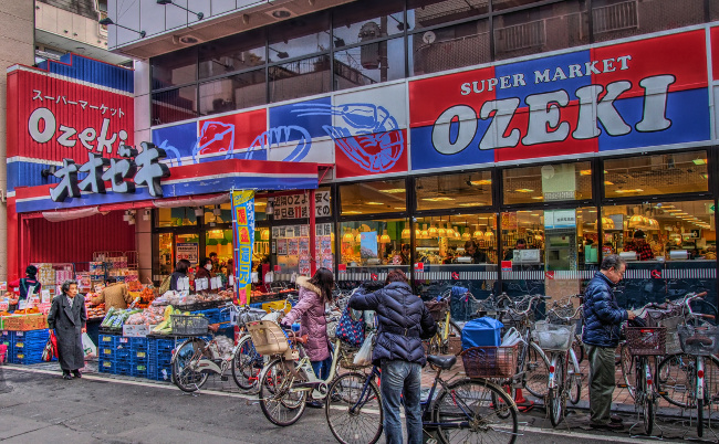 客の8割が常連。スーパー「オオゼキ」がここまで愛される理由