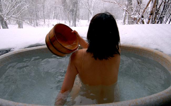 ところで「なぜ温泉は身体に良いのか」、保健師が徹底解説します