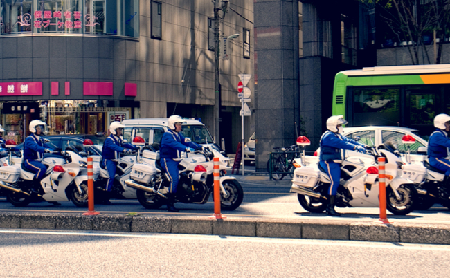 スピード違反者もすんなり反省。白バイ隊員が明かす秘密の検挙方法