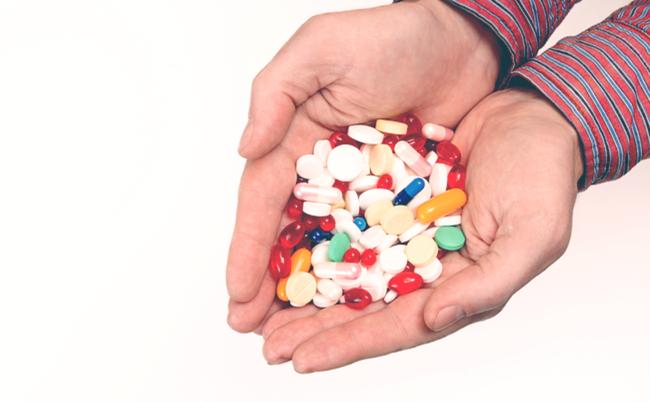 病院や薬局でもらうお薬、たくさん余ったらとって置いてもいいの?