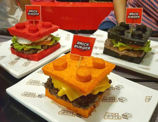 本家「LEGO」も驚いた。まるでレゴブロックのようなハンバーガー