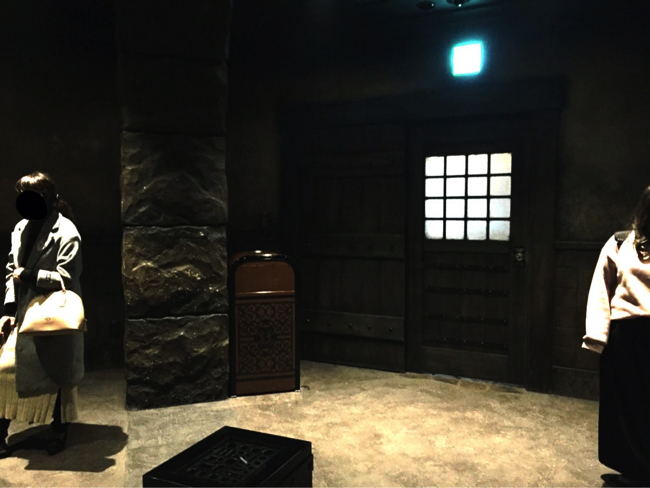 ディズニーシーの喫煙所をやっと見つけたら…暗黒過ぎた!