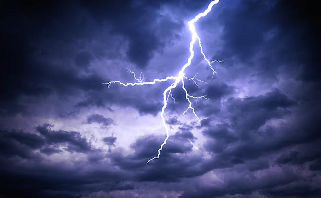 【豆知識】「雷様がヘソを取りに来るぞ」には科学的根拠があった