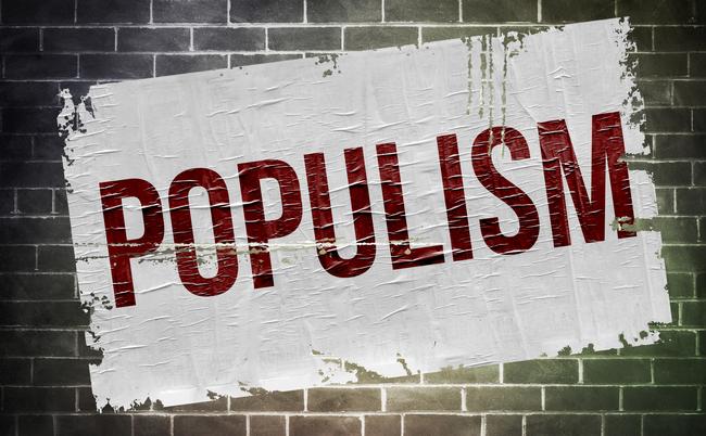 【英語で読む政治】世界で話題の「ポピュリズム」はなぜ怖い?