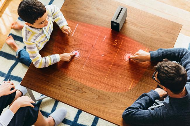 伝説の日本人エンジニアがソニー「Xperia Touch」に感じた可能性