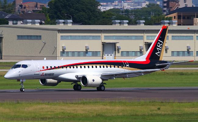 地に堕ちた国産ジェット旅客機。三菱MRJ、5度の延期はなぜ起きた?