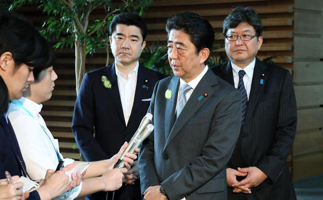 支持率29%の衝撃。第1次「投げ出し」内閣と酷似する安倍首相周辺
