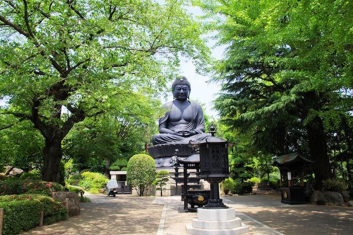 奈良、鎌倉に続く、日本で三番目に大きい大仏は東京都にあった