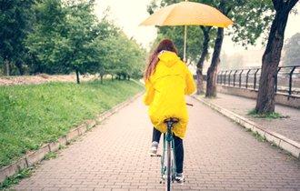 危ない傘さし運転、事故った女性が主張するあきれた「被害者意識」