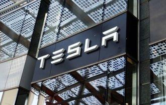 テスラ社の自動運転事故で、責任追求にエネルギーと時間を使わない米国